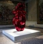 La-Grande-Madre-Palazzo-Reale-Milano-–-Jeff-Koons-foto-Marco-De-Scalzi-courtesy-Fondazione-Nicola-Trussardi-Milano
